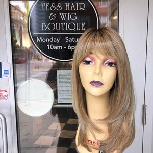 Wig blonde ombré Hairuwear layers 14 inch layers